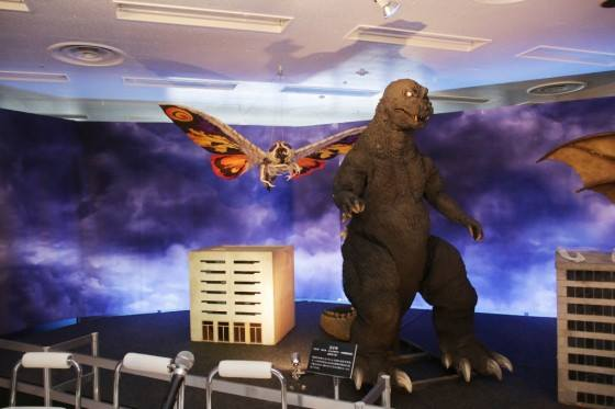 File:Great Godzilla 60 Years Special Effects Exhibition - SokogekiGoji and MosuImago.jpg