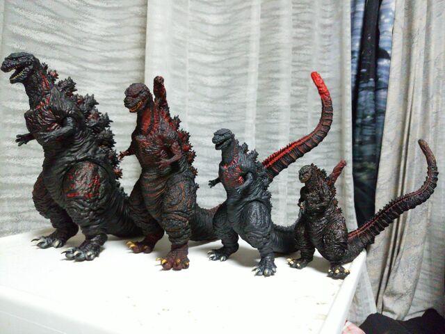 File:Shingoji figure size comparison .jpeg