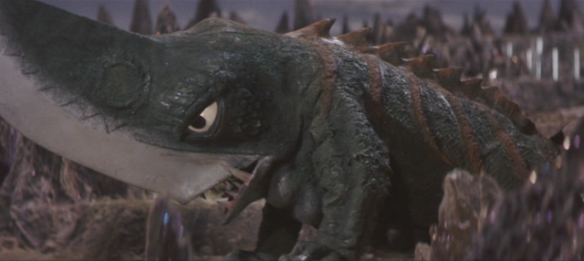 File:Gamera - 5 - vs Guiron - 13 - More Guiron.png
