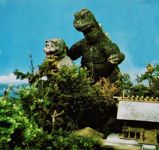 File:DAM - Godzilla and Minilla.jpg