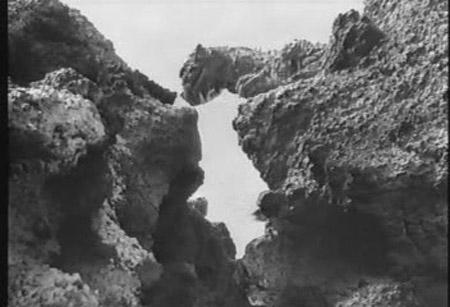 File:Monsterbattle iwato island.jpg