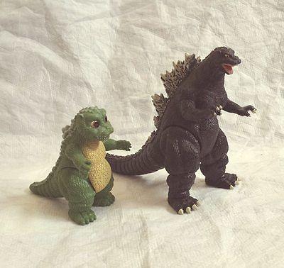 File:Bootleg Godzilla with baby godzillaimage.jpeg