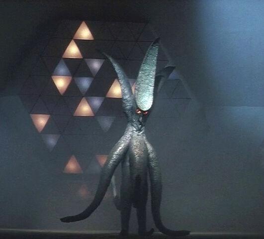 File:Viras2014November02, Kaijusaurus.jpg
