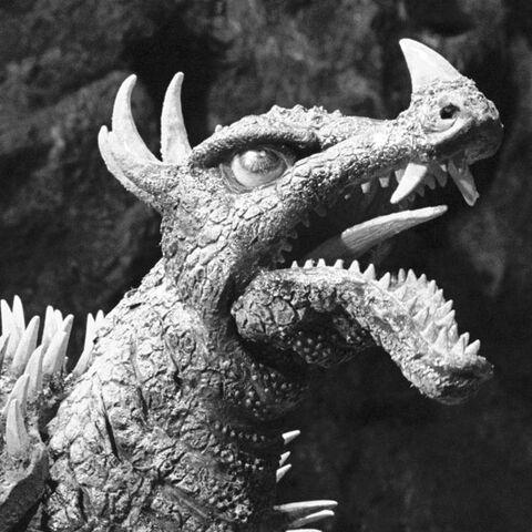 File:Godzilla.jp - 9 - SoshingekiAngira Anguirus 1968.jpg