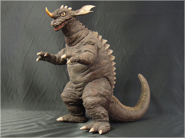 File:Baragon LL01.jpg
