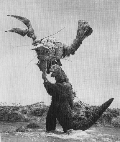 File:EHOTD - Godzilla About to Slam Ebirah.jpg