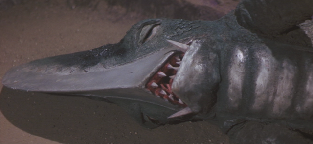 File:Gamera - 5 - vs Guiron - 43 - Guiron Dies.png