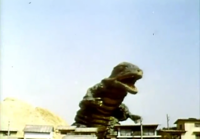File:Go! Godman - Episode 6 Godman vs. Gorosaurus - 2 - Shimmy to the left.png