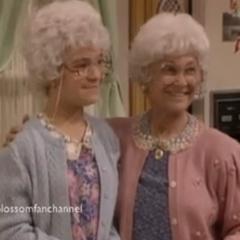 Sophia making a cameo appearance in the sitcom