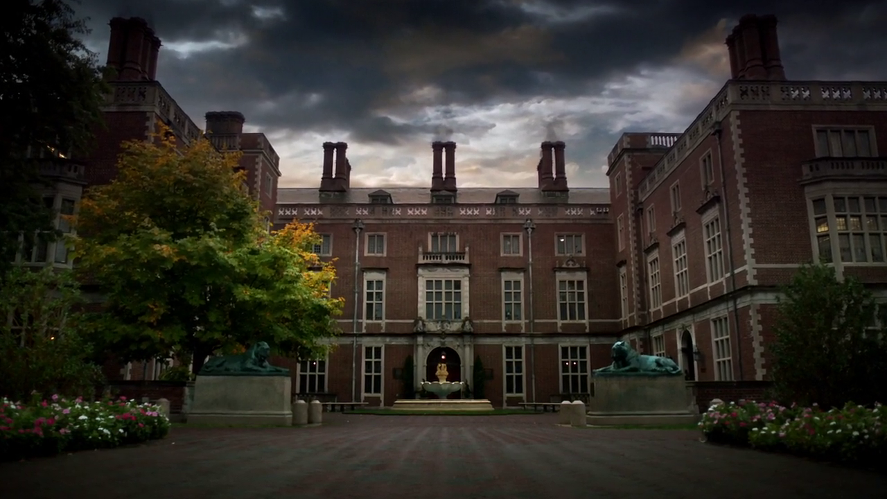 Wayne Manor Gotham Wiki Fandom Powered By Wikia