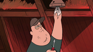 S1e1 soos fixing lightbulb