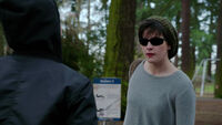 319-Trubel confronted by the gangbanger girl