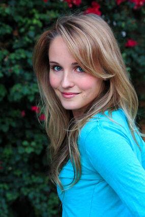 Sara Fletcher nude 613