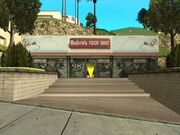 Roboi'sFoodMart-GTASA-Mulholland-exterior