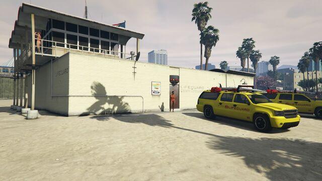 File:Lifeguard GTAVe Del Perro HQ.jpg