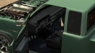 Bobcat-GTAIV-Inside