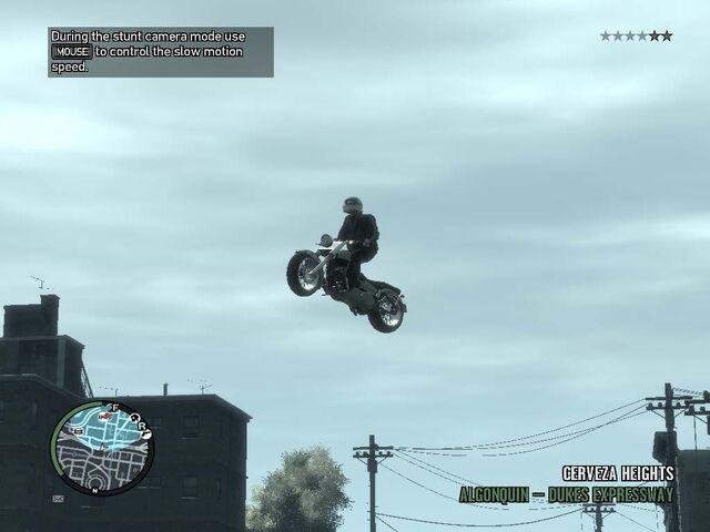 File:GTA IV-Freeway motocycle stunt.jpg
