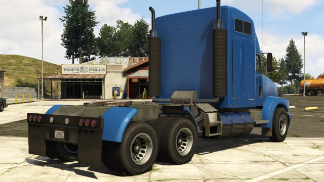File:MTLPacker-Rear-GTAV.png