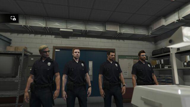 File:Grand Theft Auto V 20150412203325.jpg