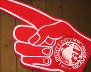 LibertyCityBeavers-GTAIV-glove