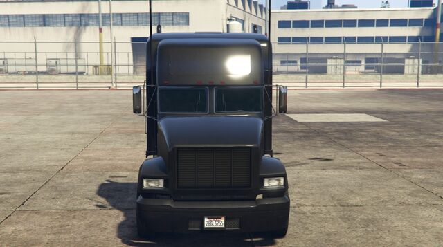 File:Packer-GTAV-Front.jpg