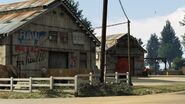 Shady Tree Farm GTAV Buildings3
