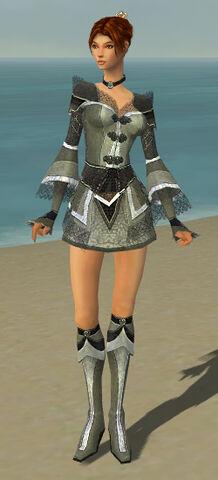 File:Elementalist Kurzick Armor F gray front.jpg