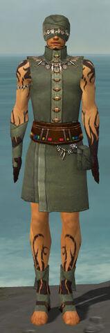 File:Ritualist Shing Jea Armor M gray front.jpg