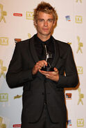 Luke-mitchell-at-the-logies-with-his-award-h2o-just-add-water-11965812-398-594