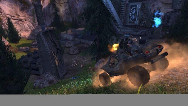 File:Halo Combat Evolved Anniversary Warthog 1.jpg