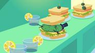 S3E17 Picklesandwich