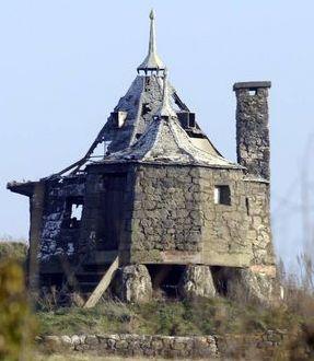 File:Deathly Hallows Hagrid's Hut 04.jpg