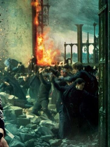 File:GreatHall BattleofHogwarts.jpg
