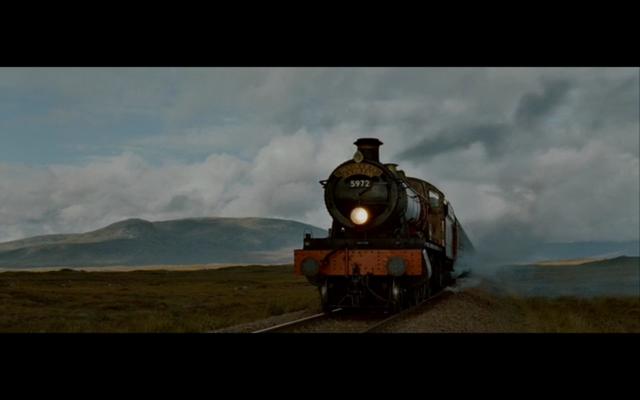 File:Hogwarts Express.png
