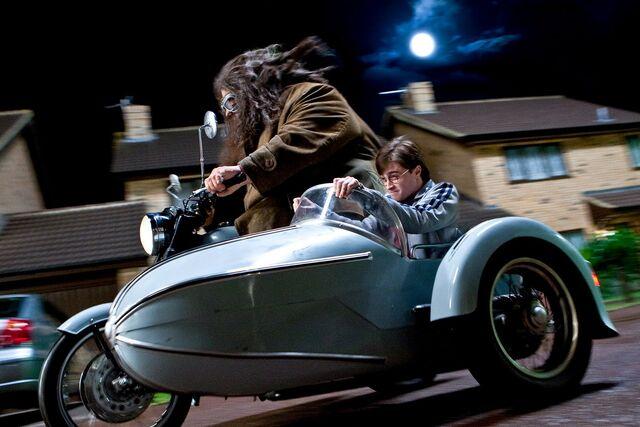 File:Harry-Potter-081.jpg