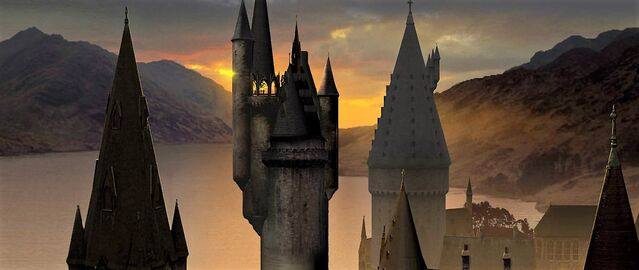 File:HogwartsCastle WB F6 HogwartsTowerAtSunset Illust 100615 Land.jpg