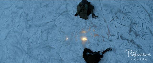 File:Light below ice Fantastic Beasts CC Trailer WM.JPG