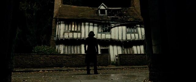 File:Severs Snape-Godric's Hollow.JPG