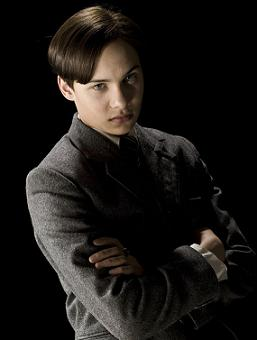 Fil:Tom Riddle.jpg