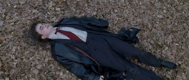 File:Harry lying on the ground.jpg