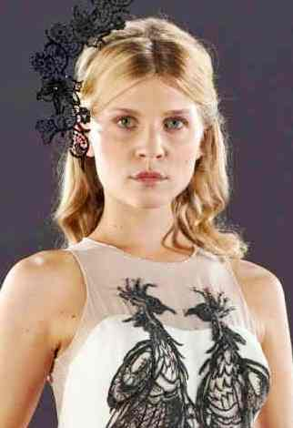 File:Fleur-wedding-harry-potter-18924144-1200-1600.jpg