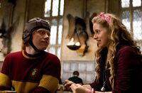 Lavender Brown and Ron Weasley 03.jpg