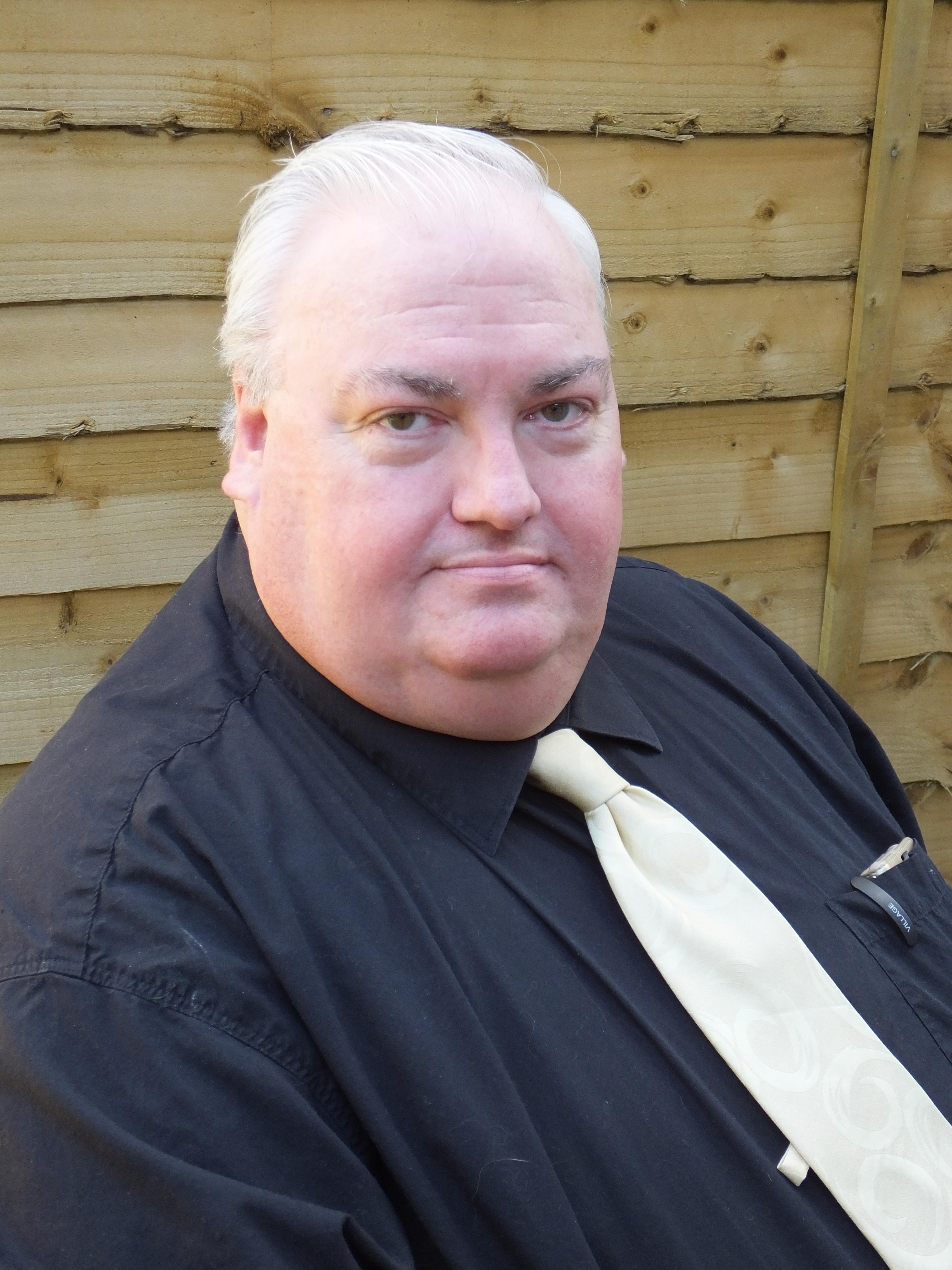 Simon Fisher-Becker (Fat Friar in HP1)