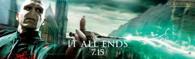 File:Voldemort banner.jpeg