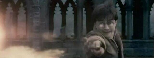 File:Harry casting confringo.jpg