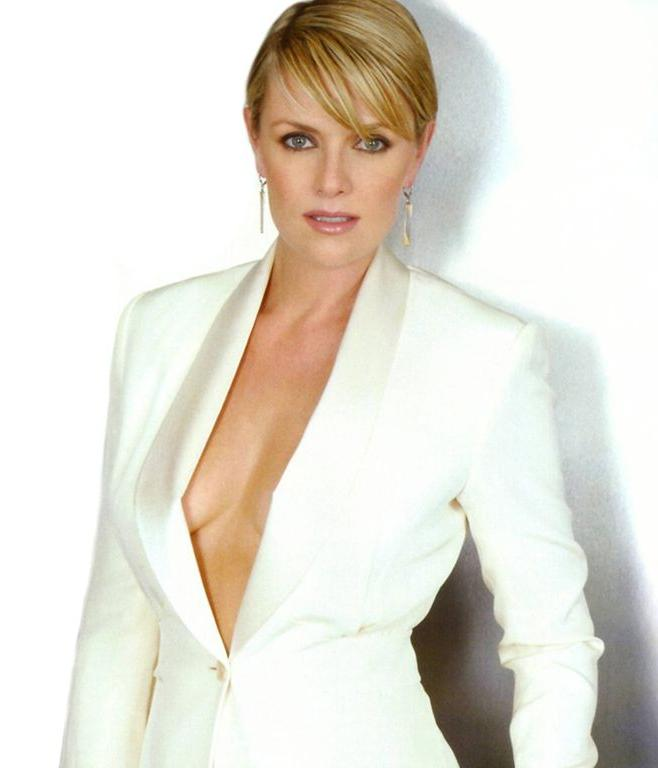 amanda tapping instagram