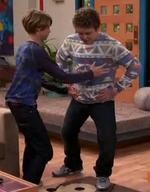 HD 1x11 henry about to catch jasper