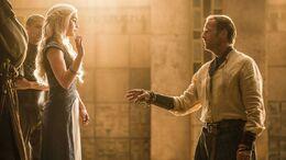 Daenerys expulsa a Jorah HBO.jpg