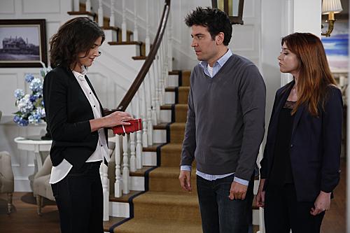 File:How-I-Met-Your-Mother-Season-9-Premiere-2013-The-Locket-8.jpg