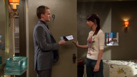 Barney convinces Lily